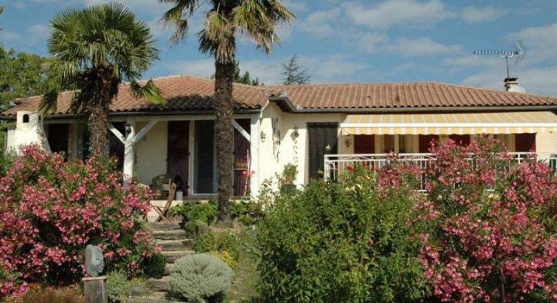 House with amazing view Maison avec vue magnifique