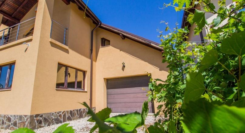 Villa, section SEMILUX, Sanpetru, Brasov