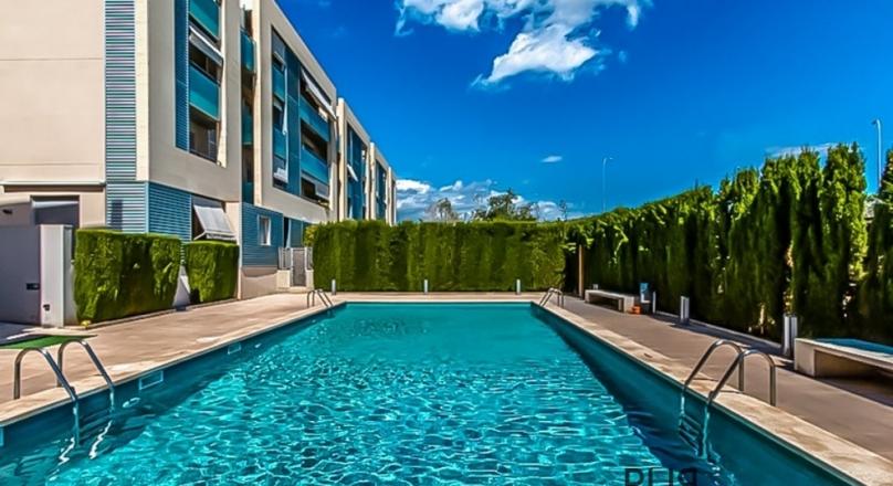 El Molinar. Nice apartment. Short walk to the beach and the promenade Portixol / El Molinar.
