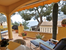 1a Location in Camp de Mar. Direct access to the sea. Sea views. Well maintained apartment.