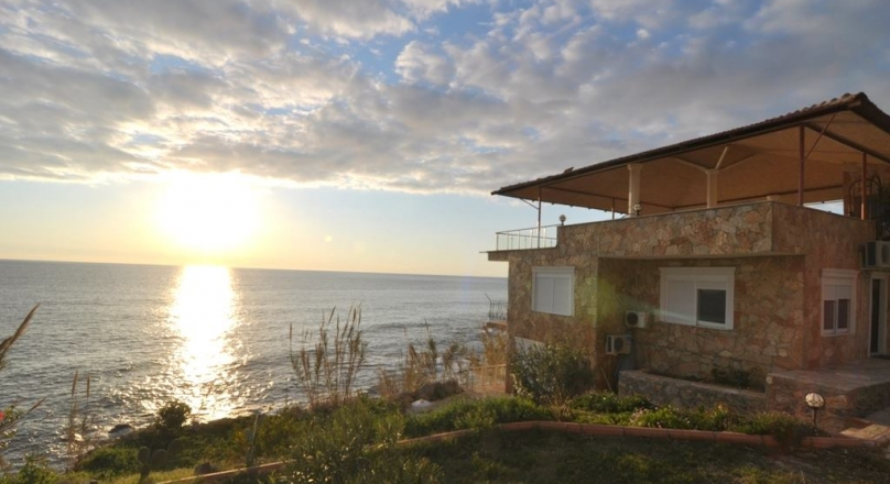 furnished villa for sale