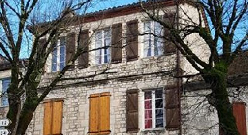 Charmante maison dans village classé