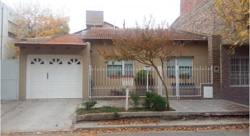 Sale of House 2 BEDROOMS in Villa Farrel, APTA CREDITO