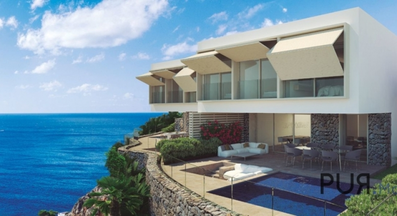 Port d'Andratx. New build villas. Frontal sea view. More than a touch of luxury.