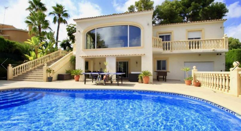 Villa en venta con vistas al mar en San Jaime Moraira