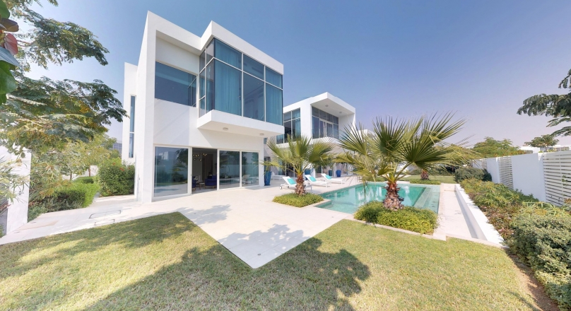 Luxurious New 4 BR Villa Located in Al Barari