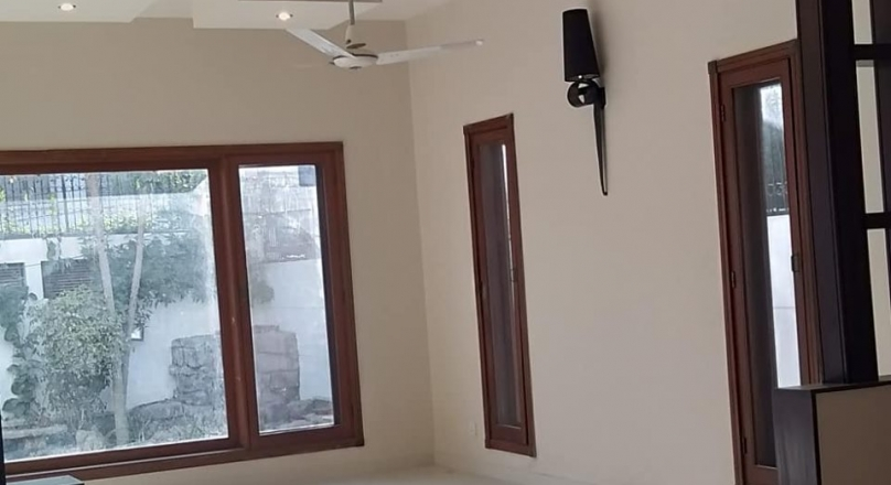 karachi - zeekayproperties - Bungalow for rent