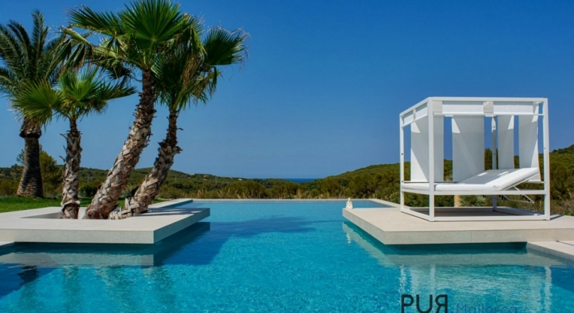 Luxury in the northeast. Finca with lots of space and a lot of sea views.