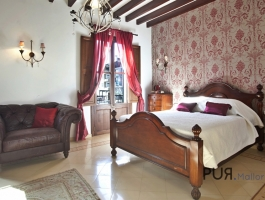 Instead of a finca for rent but rather a small hotel with restaurant / bar. For the same price.
