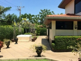 #Luxury House for sale in #Paradise Villa 1.