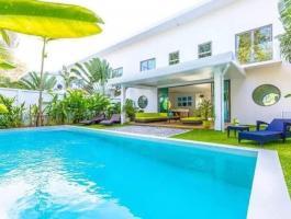 The Charming Villa is a modern establishment set in a quiet