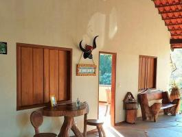 Sale of inn with a beautiful view of Morro do Frota