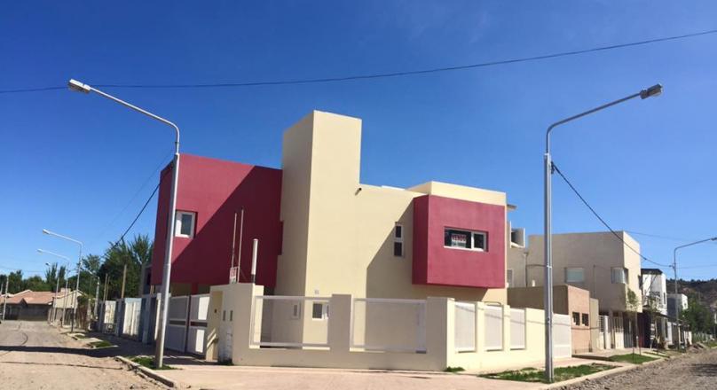 Se vende casa a estrenar, Barrio Rincón de Emilio -Neuquén Capital