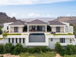 Unique villa with 360 degree views
