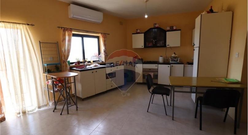 Qormi, Malta - Apartment Furnished