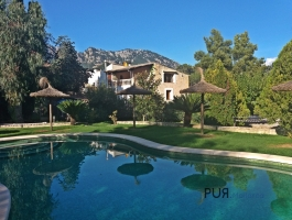 In the middle of the Tramuntana. Near Alaro.3 * Hotel with best running gastronomy.