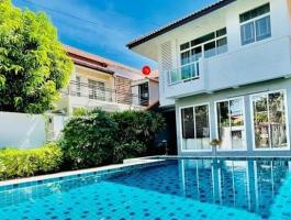Pool villa for sale South Pattaya near Walking Street