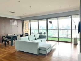 Pet friendly Condo for rent at The Lake Condominium near BTS Asoke