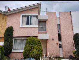 3 bedroom house in private condominium