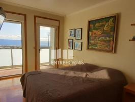 Fantastic 3 bedroom apartment, located on the 2nd beach line