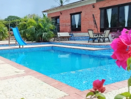 VILLA  WITH POOL FOR  SALE IN CARTAGENA DE INDIAS, COLOMBIA.
