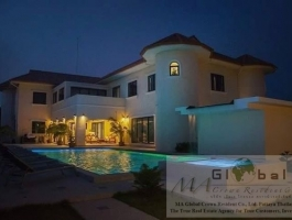 Luxury Mansion in Phoenix Golf Club Pattaya Thailand