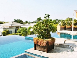 LUXURY POOL VILLA IN SIAM ROYAL VIEW LUXURY VILLAGE PATTAYA