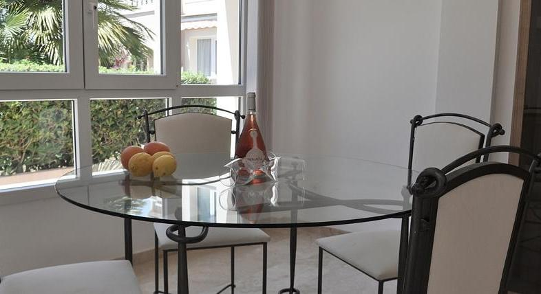 Not just for golf lovers. Santa Ponsa. Apartment. Quiet garden location.