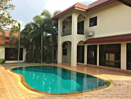 Pool Villa In Pattaya Thailand