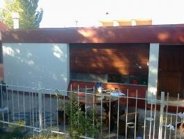 Alquilo casa en Villa el Chocon