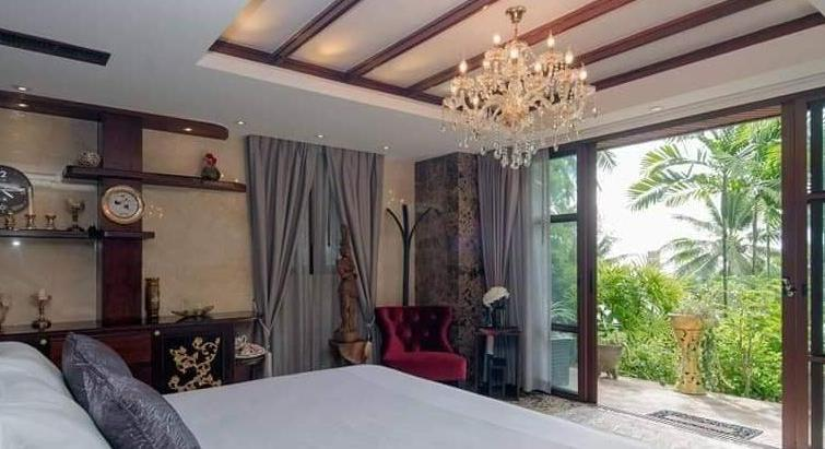 Russian Celebrity villa in Surin Phuket Thailand for sale