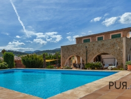 Selva - Homely little finca with stunning views of the Tramuntana.