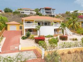 Take a look at this villa that has a beautiful panoramic view of the sea