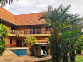 Lanna Villa (Chang mai style) in Pattaya