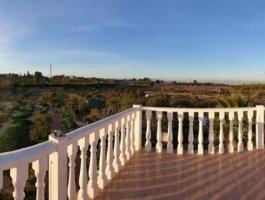 Finca with water reservoir in Los Montesinos