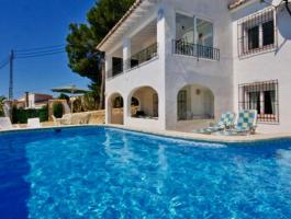 Villa en venta 6 dormitorios en Sol Park Moraira