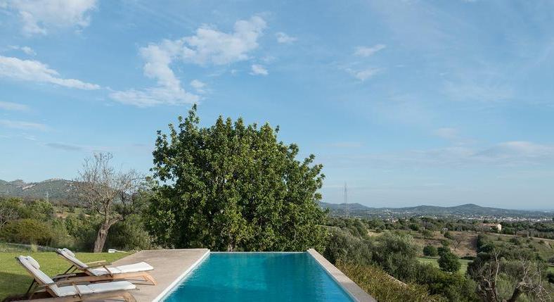 Finca in Sant Llorenc. Calm, serenity. Feel good. You feel it. Immediately.